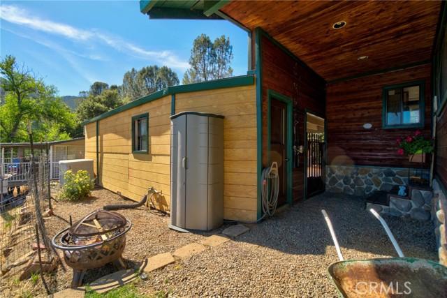 9320 Bass Road, Kelseyville CA: http://media.crmls.org/medias/aeb97534-43b6-4f2e-9bb9-addfea6df74f.jpg