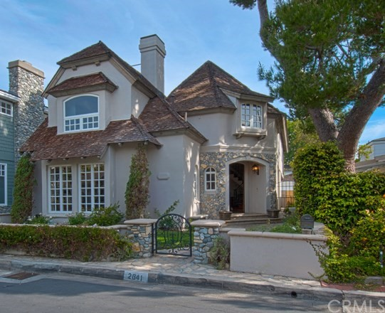 Single Family Home for Rent at 2641 Vista Drive Newport Beach, California 92663 United States
