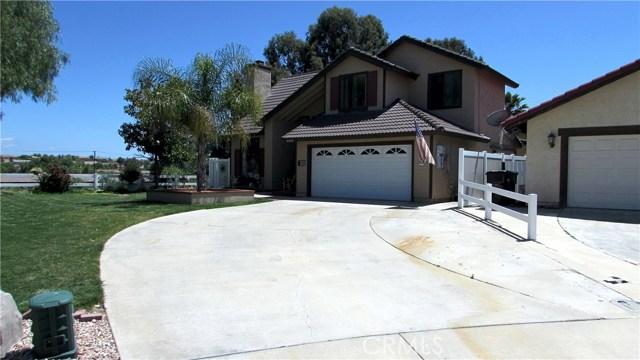 26033 Summer Hill Court, Murrieta CA: http://media.crmls.org/medias/aec2ce71-fee3-4f50-8625-15e5be1c5f2f.jpg