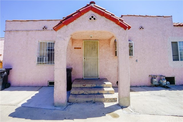 1967 E 113th Street Los Angeles, CA 90059 - MLS #: DW17195421