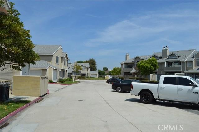 1822 W Falmouth Avenue, Anaheim CA: http://media.crmls.org/medias/aedb9c9c-51cc-4b1c-b8c8-daf454659aa2.jpg