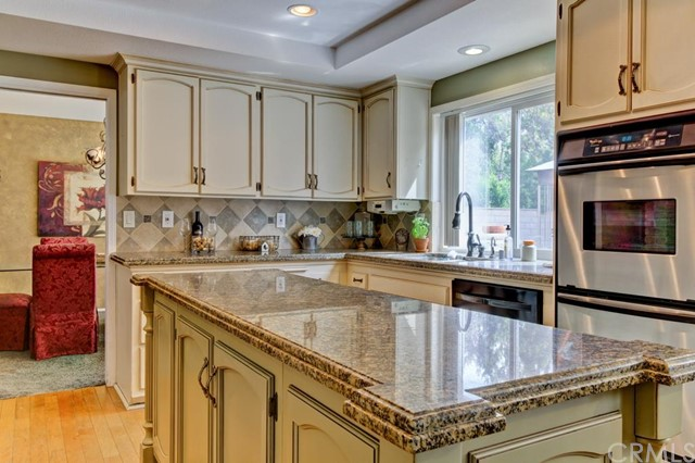 Single Family Home for Sale at 21332 Calle Sendero Lake Forest, California 92630 United States