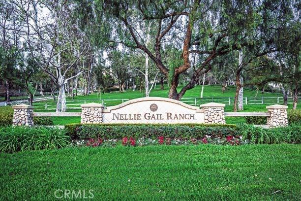 24842 Red Lodge Place, Laguna Hills CA: http://media.crmls.org/medias/aef11a54-8901-43ca-bf78-8e10ad05ef26.jpg