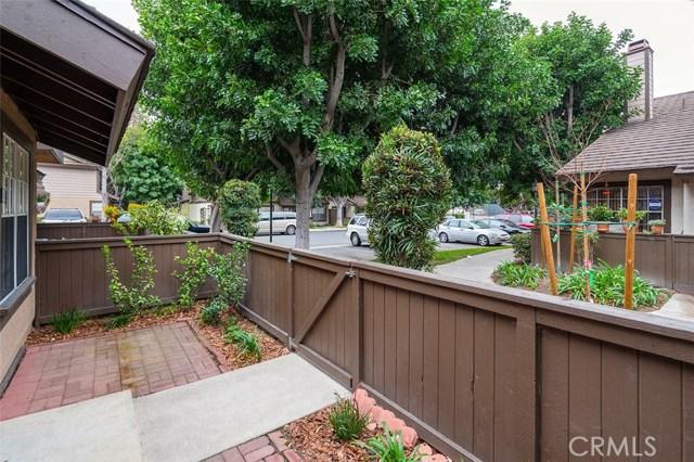 2330 S Cutty Wy, Anaheim, CA 92802 Photo 4