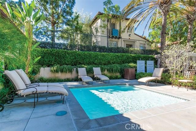 40 Gardenpath, Irvine CA: http://media.crmls.org/medias/aef5654f-ed10-481c-966d-958752fb7496.jpg