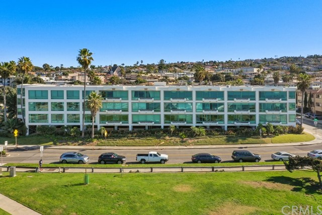 201 Calle Miramar 12, Redondo Beach, CA 90277