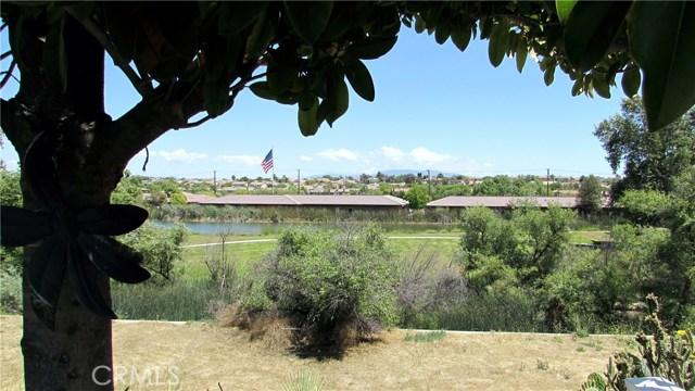 26033 Summer Hill Court, Murrieta CA: http://media.crmls.org/medias/aef811ee-cac1-4631-97bd-bf0b6e949959.jpg