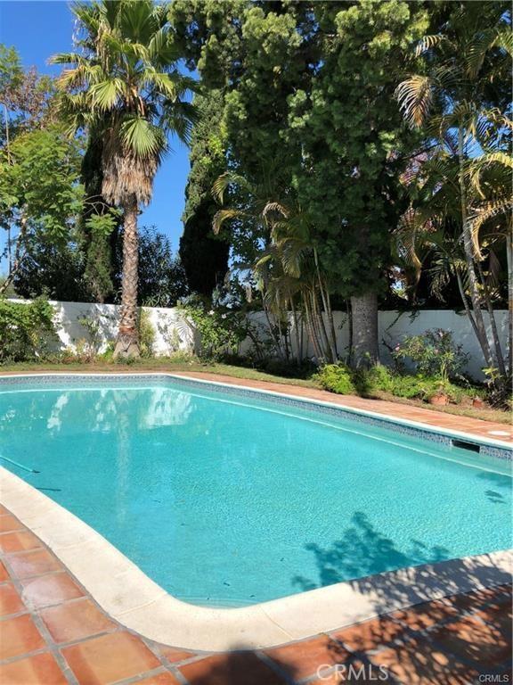 900 Chestnut Place, Newport Beach CA: http://media.crmls.org/medias/af030fa4-27b7-4dc9-878d-fe77628b8a2e.jpg