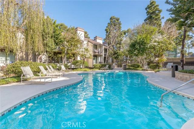 8675 Falmouth Avenue, Playa del Rey CA: http://media.crmls.org/medias/af0a9c9b-2197-4f68-8d65-1c957202fd9a.jpg