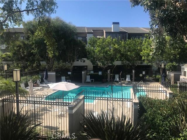 280 Cagney Lane, Newport Beach CA: http://media.crmls.org/medias/af1c4124-55ca-4205-897c-220bc0a5aa68.jpg