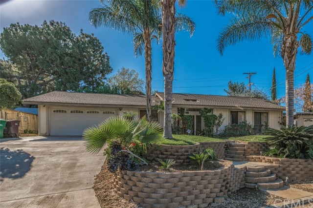 20334 Stanford Avenue Riverside, CA 92507 - MLS #: PW18028212