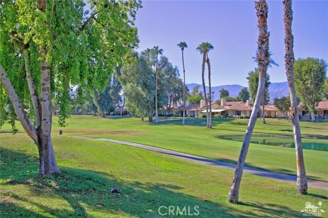 163 Madrid Avenue, Palm Desert CA: http://media.crmls.org/medias/af256adf-ecee-4740-b3b9-f6a842f26111.jpg