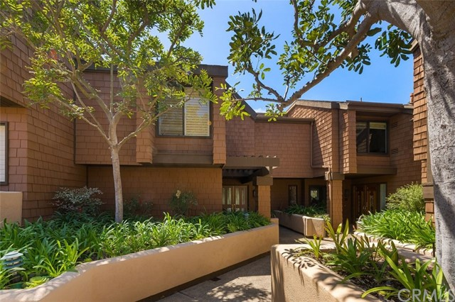 21 Canyon Island Drive, Newport Beach, California 92660, 3 Bedrooms Bedrooms, ,2 BathroomsBathrooms,Residential Purchase,For Sale,Canyon Island,NP21084907