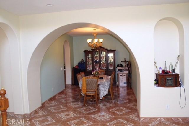 1130 Laurelhurst Heights, San Jacinto CA: http://media.crmls.org/medias/af2fe6ce-1125-428a-a79c-18114f871da1.jpg
