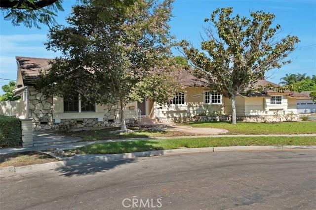1335 S Fann Street, Anaheim CA: http://media.crmls.org/medias/af3445ad-e16a-476d-bc2b-7cb78d560836.jpg