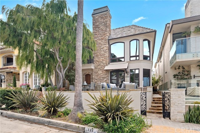 Photo of 222 Goldenrod Avenue, Corona del Mar, CA 92625