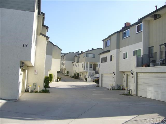 Townhouse for Rent at 822 West Lambert St La Habra, California 90631 United States