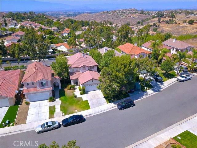 17852 Spring Hill Way, Riverside CA: http://media.crmls.org/medias/af43eac6-f56e-4e4c-9cfc-812d81b0f571.jpg
