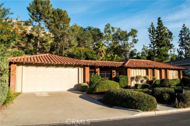 独户住宅 为 销售 在 10482 Boca Canyon Drive Cowan Heights, 加利福尼亚州 92705 美国