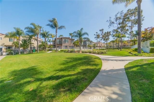 5941 Spinnaker Bay Drive, Long Beach CA: http://media.crmls.org/medias/af56ae81-f7b1-4a38-be95-c02d4b97e5d0.jpg