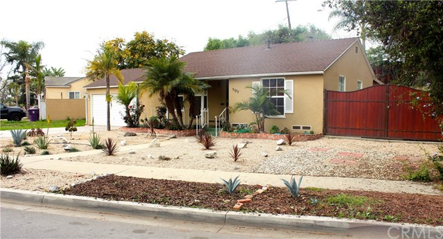 5789 Chestnut Av, Long Beach, CA 90805 Photo 1