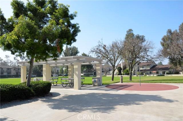 87 Fallingstar, Irvine, CA 92614 Photo 18