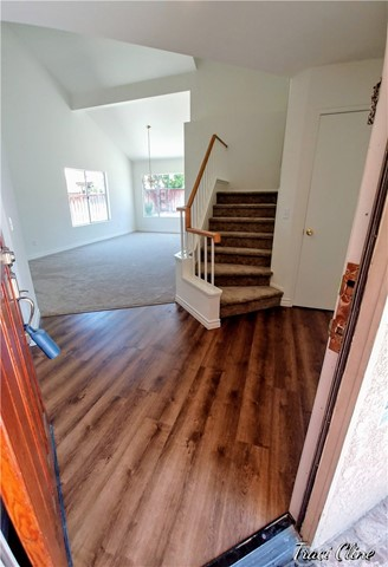 383 Hobart Circle Corona, CA 92879 - MLS #: OC18149639