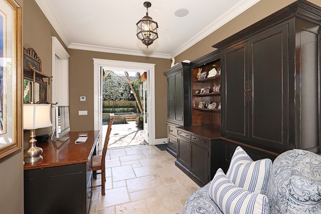 1725 Port Charles Place Newport Beach, CA 92660 - MLS #: NP17217324