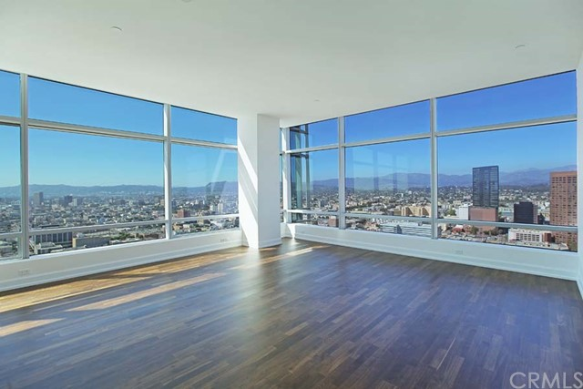 Condominium for Rent at 900 Olympic Boulevard W Los Angeles, California 90015 United States