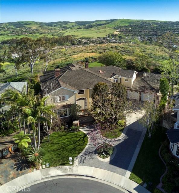 4 Summit, Irvine CA: http://media.crmls.org/medias/af7c7928-2868-4d17-941a-e36faec4fcd5.jpg