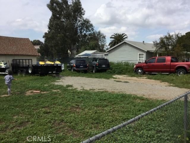 6837 Lomita Street, Riverside CA: http://media.crmls.org/medias/af7dde18-69d3-426f-a9c4-f7ed5620cd4b.jpg