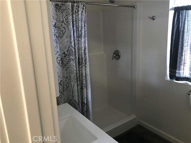 11011 S South Shore Drive, Paso Robles CA: http://media.crmls.org/medias/af83c9c7-c88d-4a92-978a-0cff68a06171.jpg