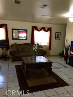 12140 Algardi Street, Norwalk CA: http://media.crmls.org/medias/af9e218d-3e3d-4944-bf43-00650a07f666.jpg