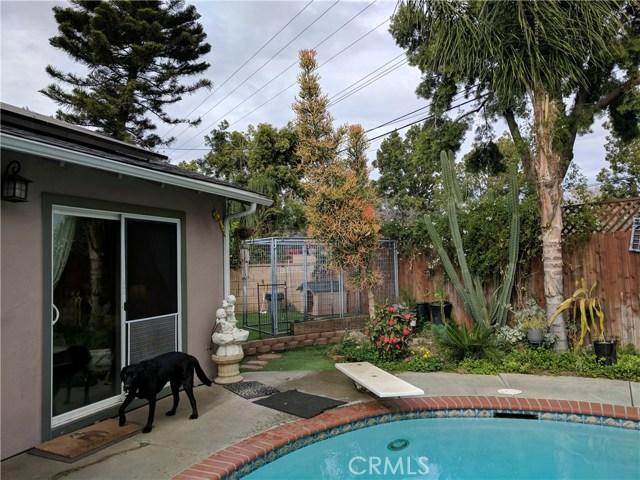 632 E Raborn Street, San Dimas CA: http://media.crmls.org/medias/afa33563-41e2-46c1-ab0e-524e01f4a3df.jpg
