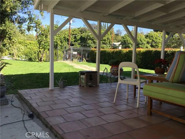 4302 Russell Avenue, Los Angeles CA: http://media.crmls.org/medias/afa3f799-6c7d-4d91-aba8-de35543f8d76.jpg