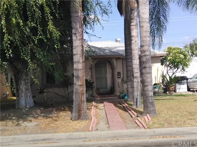 9441 Adoree Street, Downey CA: http://media.crmls.org/medias/afa68e3f-ca43-488c-8cff-3d8ef44af8d0.jpg