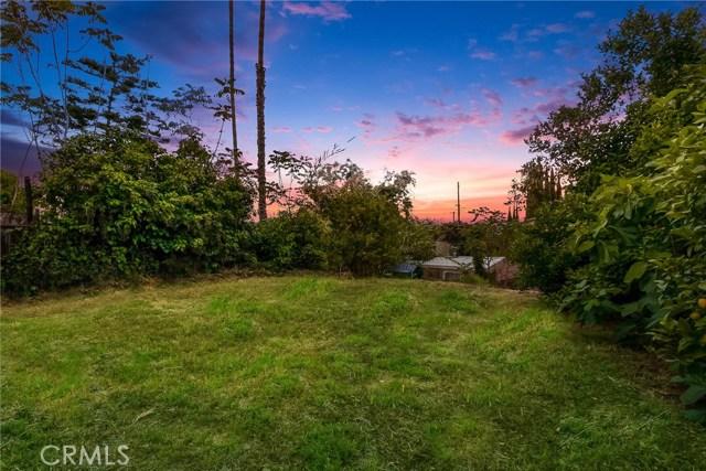 1044 N Avenue 50, Los Angeles CA: http://media.crmls.org/medias/afaae7e3-3b29-4434-a76a-e5d0372e21eb.jpg