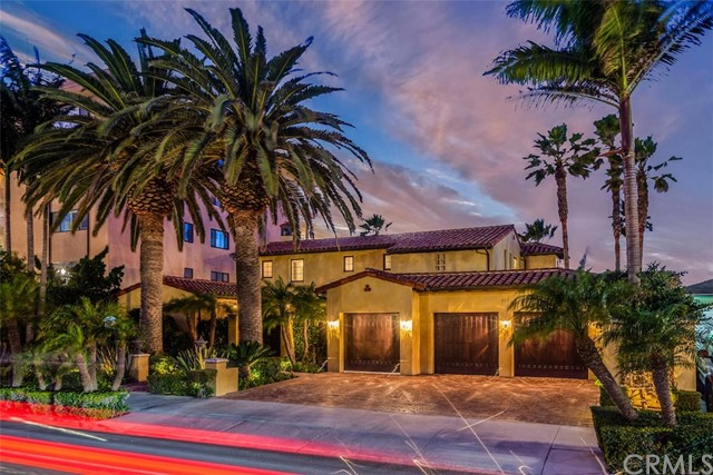 717  Esplanade, Redondo Beach, California 4 Bedroom as one of Homes & Land Real Estate
