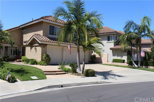 Single Family Home for Sale at 26 Charca St Rancho Santa Margarita, California 92688 United States