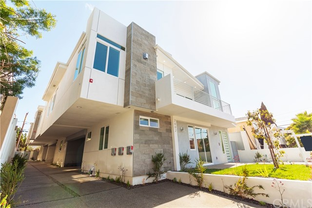 Townhouse for Sale at 2602 Voorhees Avenue Redondo Beach, California 90278 United States