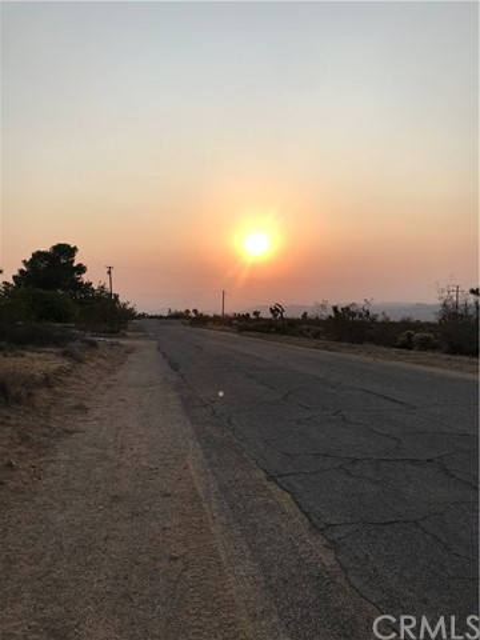 0 Navajo, Yucca Valley CA: http://media.crmls.org/medias/afb9a553-d1cb-409c-a80a-e9f9b72f5746.jpg