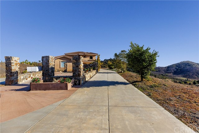 26525 Skyrocket Dr, Temecula, CA 92590 Photo 8