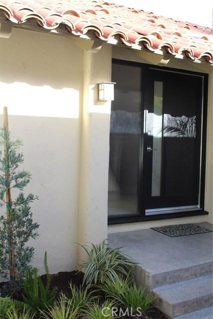 2320 Vista Huerta, Newport Beach, CA 92660