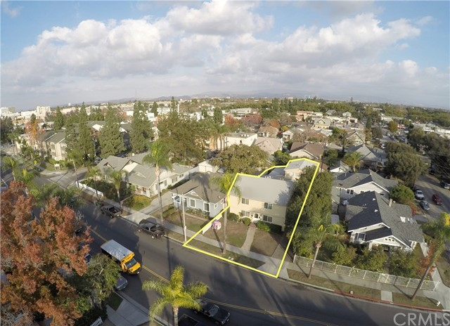 Single Family for Sale at 313 Broadway S Santa Ana, California 92701 United States