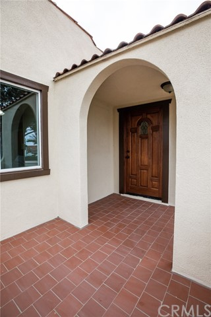 302 S Lucia Avenue, Redondo Beach CA: http://media.crmls.org/medias/afc7d175-74cd-4d50-9f92-84bbc048dfb9.jpg