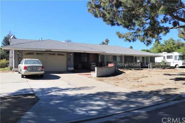 Photo of 11690 Ponderosa Avenue, Fontana, CA 92337