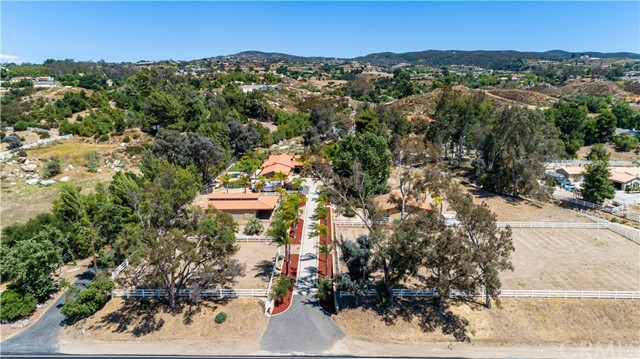 Photo of 39855 De Portola Road, Temecula, CA 92592
