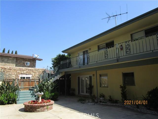 611 S Orange Avenue, Santa Ana CA: http://media.crmls.org/medias/aff05d00-6d81-4536-bb70-aaf065f0278e.jpg