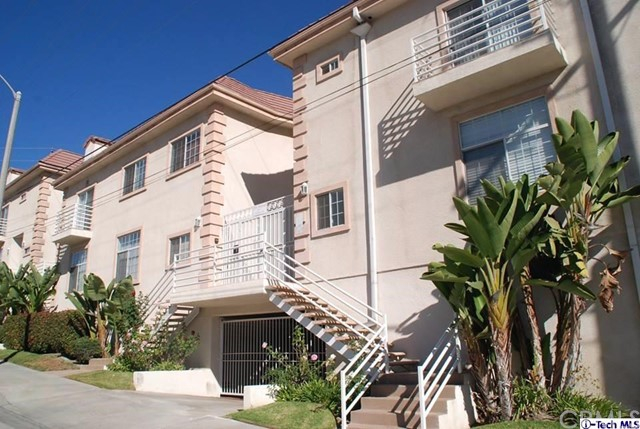 Townhouse for Rent at 2256 Montrose Avenue Montrose, California 91020 United States