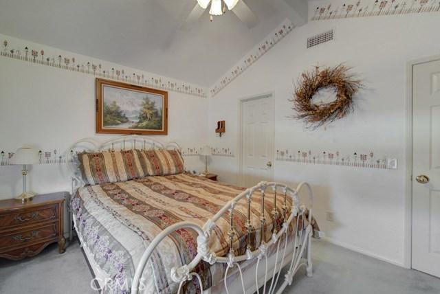 20912 MORNINGSIDE Drive, Rancho Santa Margarita CA: http://media.crmls.org/medias/aff5721a-7d83-40c9-b601-b5a32a74d73b.jpg